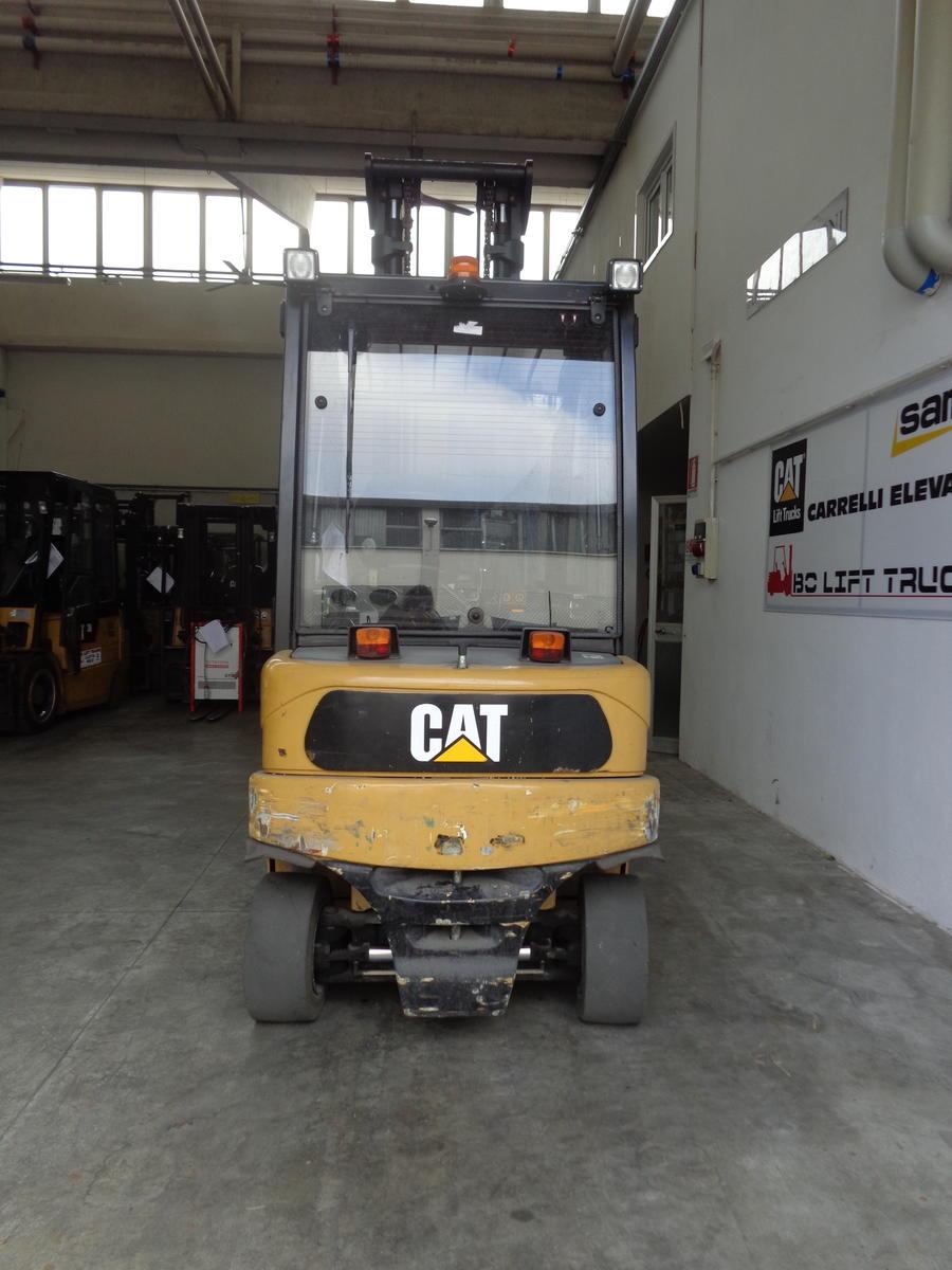 cat 40